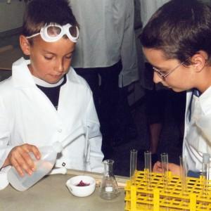 kindermuseum münchen ausleihen kleine chemie kiste