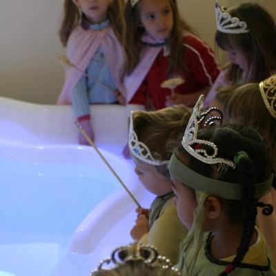 kindermuseum münchen ausstellung rapunzel märchen